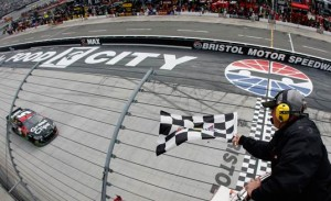 Kasey Kahne scored victory in last year's Food City 500 at Bristol Motor Speedway (Photo: Getty Images)