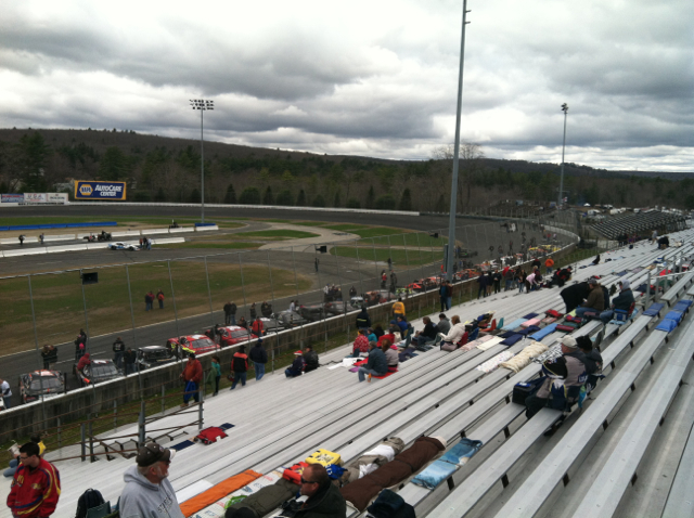 Stafford motor speedway rumbling to life for napa spring for Stafford motor speedway schedule