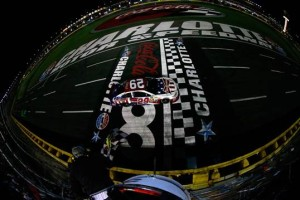 Kevin Harvick wins last  year's Coca-Cola 600 at Charlotte Motor Speedway (Photo: Getty Images)