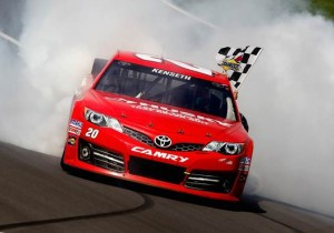Matt Kenseth celebrates his 2013 victory at Kansas Speedway (Photo: Getty Images)