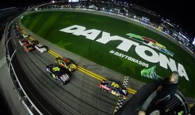 Jimmie Johnson And Kyle Busch Tango In The Duel At Daytona