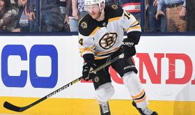 Boston Bruins Forward Chris Wagner To Drive Pace Car In Foxwoods Resort Casino 301